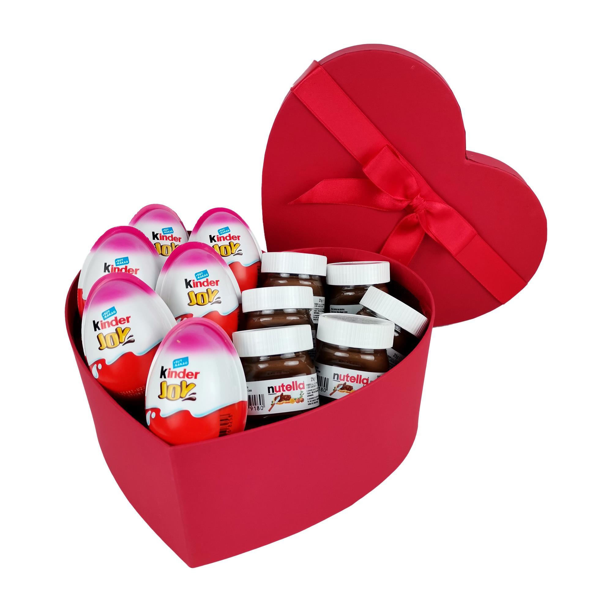 Yılbaşına Özel Kinder ve Nutella Dolu Kalpli Hediye Kutusu